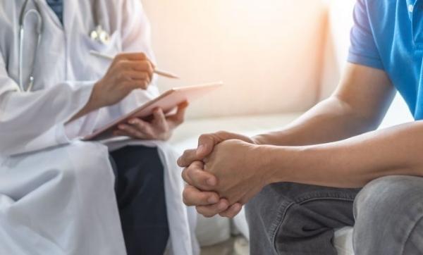 Circoncisione maschile: la tecnica indolore ambulatoriale con suturatrice meccanica